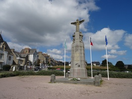 Monument aux morts de Cancale